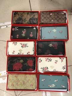 Coach wallet with serial num