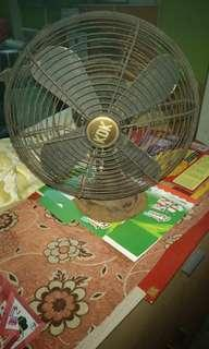 KDK vintage table fan