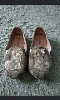 Gucci shoes girl