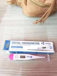 Digital Thermometer with alarm