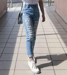 Boyfriend ripped Denim