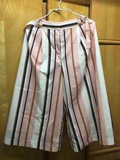 直條粉色半身裙褲