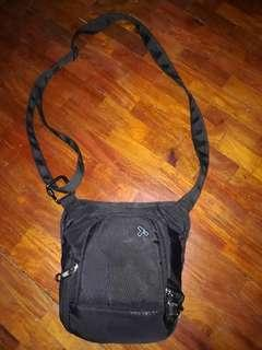 Travelon Sling Bag