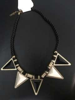 Triangle Statement Necklace Black and White, Gold lining