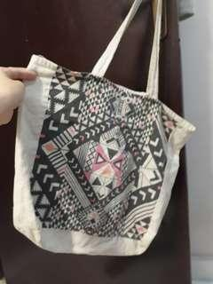 Cotton On Tote Bah