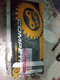Super 4 chain and sprocket set