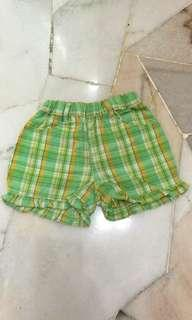 Girl green checked shorts 5T