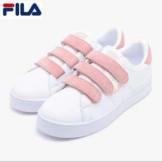 88059c266fbd Fila Court Deluxe Velcro in Cotton Candy Pink