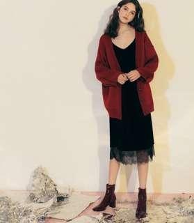 🚚 《免運》Pazzo 蕾絲點綴天鵝絨細肩帶洋裝