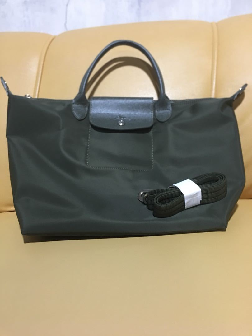 Authentic Longchamp, Women s Fashion, Bags   Wallets on Carousell cb1f9773ce