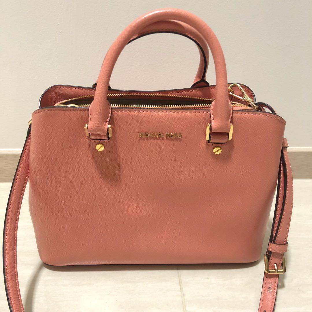 1065b321dff9 Excellent condition Authentic Michael Kors Bag Savannah Medium ...