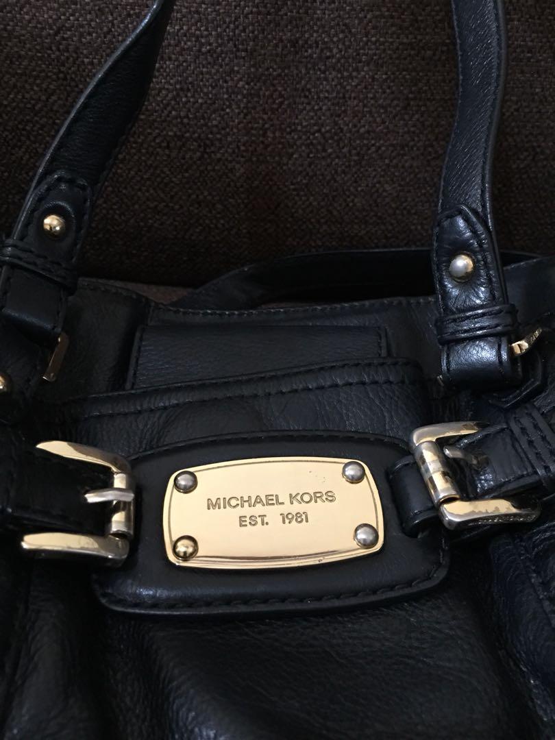 e79da4053b90 For sale MK shoulder bag