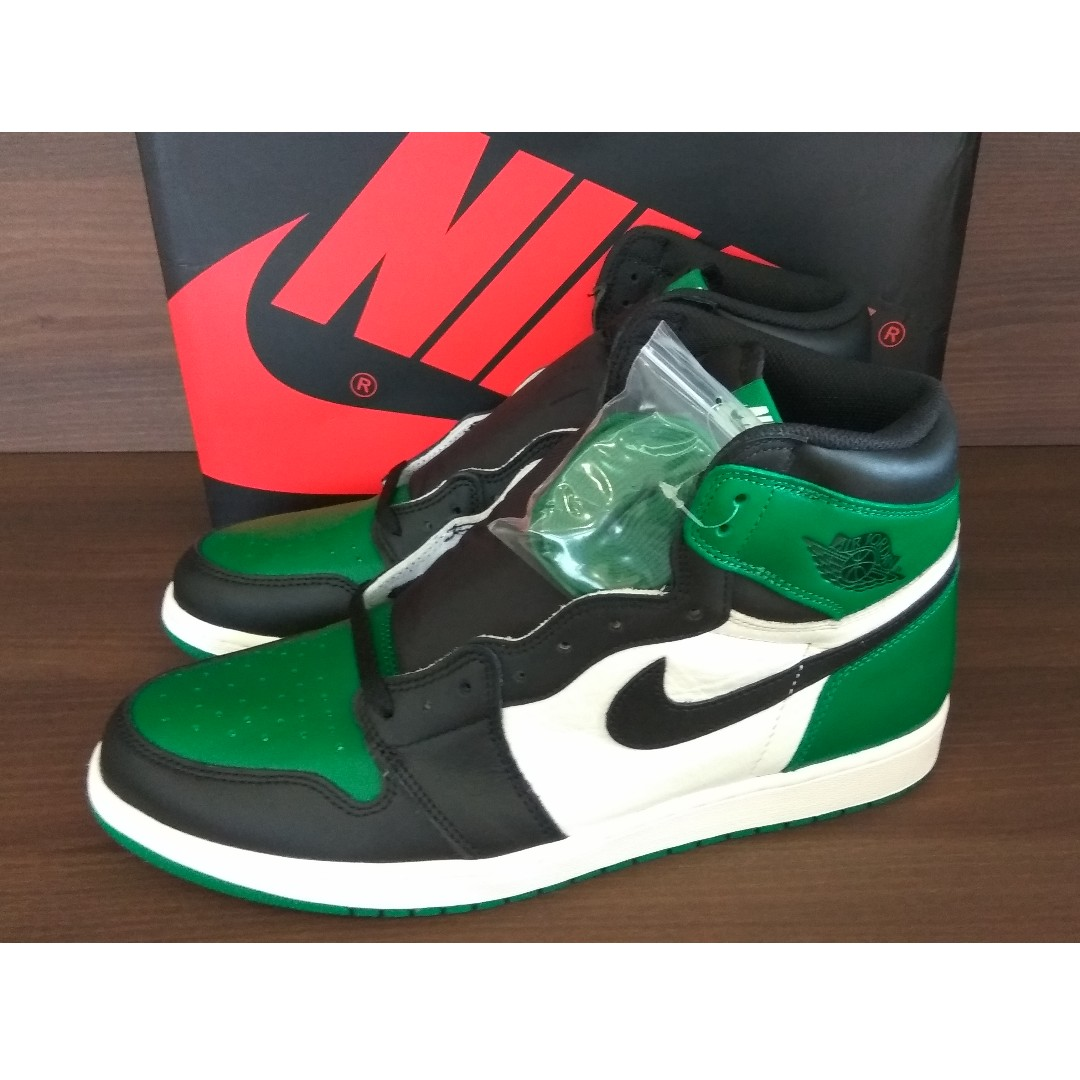 110d6220043 Nike Air Jordan 1 Retro High Pine Green