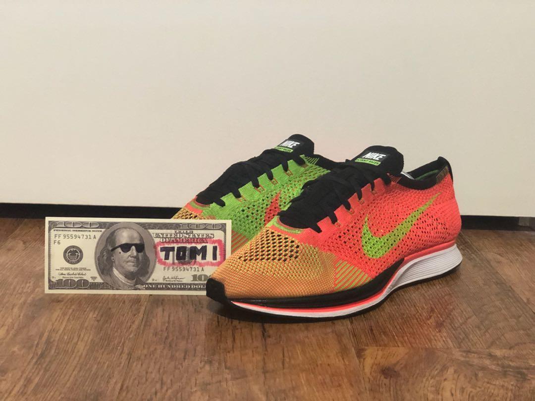 Nike Flyknit Racer Hyper Punch