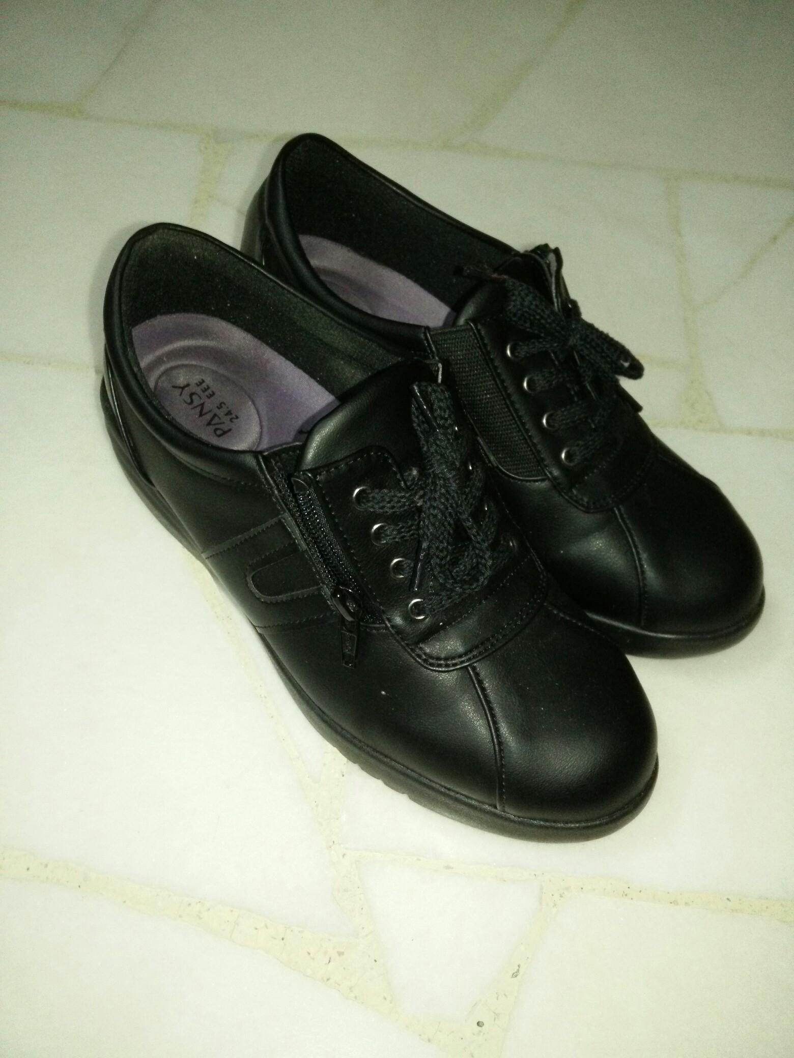 Pansy black comfort shoes EEE 24.5