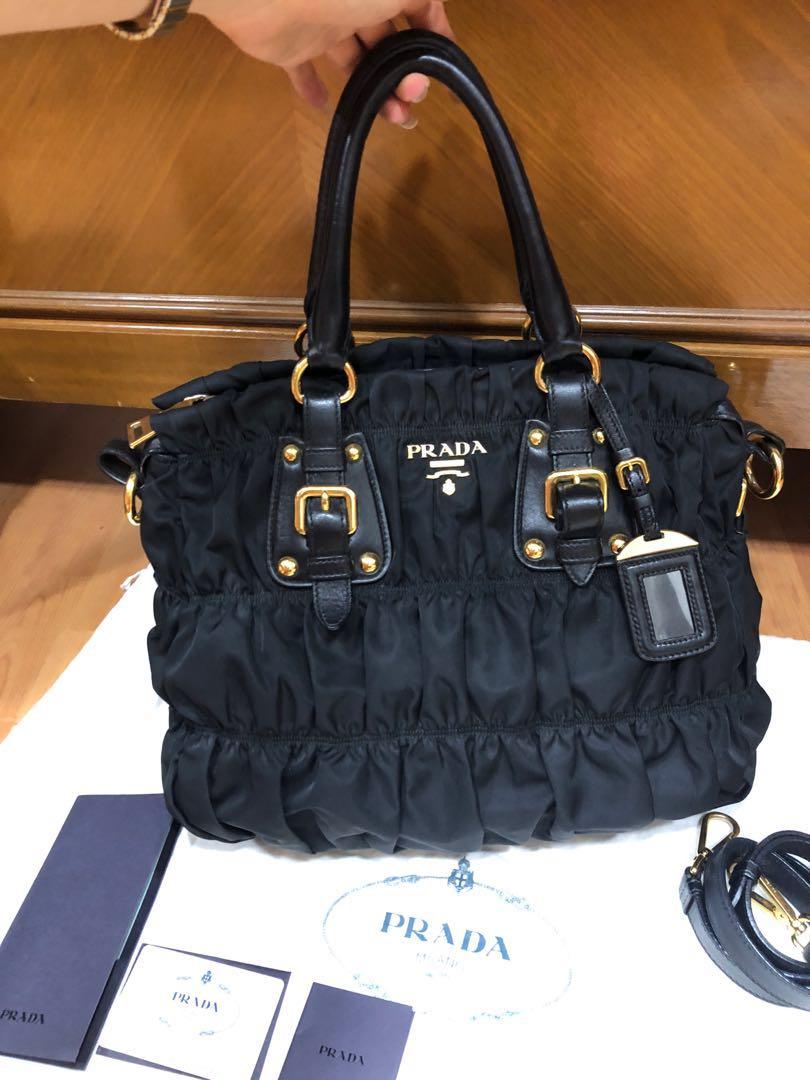 d5222285c581 Prada tessuto gaufre, Luxury, Bags & Wallets, Handbags on Carousell