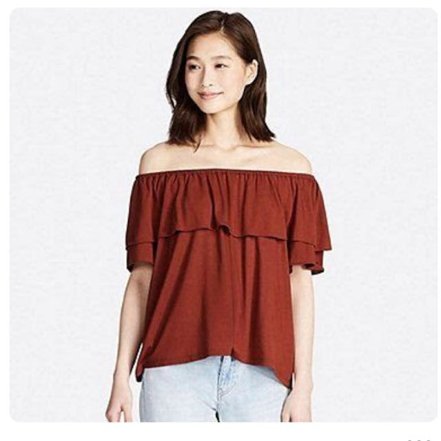 c665d48667a Uniqlo Ruffle Off Shoulder Top, Women's Fashion, Clothes, Tops on Carousell