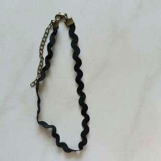 Choker // Necklace