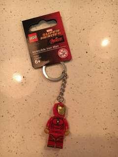 🚚 Lego 853706 Invincible Iron Man Keychain