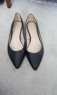 Forever 21 flats size 8