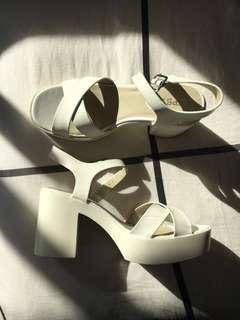 White Lipstik Chunk Heels
