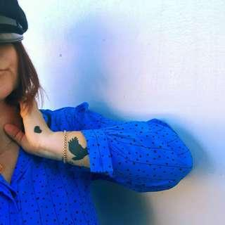 Cute women's vintage silky blue blouse w/hearts