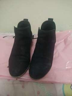 BP. Genuine Leather Ankle Booties SIZE 5.5