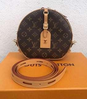 Louis Vuitton Boite Chapeau Souple MNG