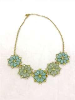 Kalung mint flower