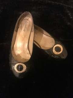 Sepatu flat gabino