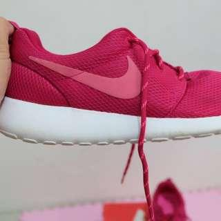 Nike Roshe One Fireberry