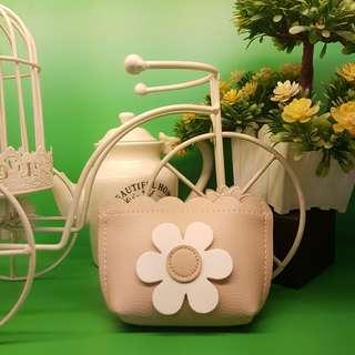 Beige with flower coin purse