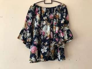 Floral batwing top