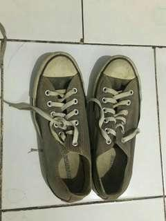 Sepatu Converse