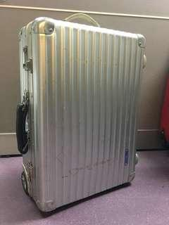 rimowa - classic flight ( not for sale )