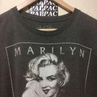 "Ts vintage Marilyn Monroe ""self picture"""