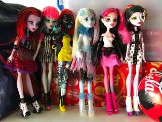 My Monster High Dolls 3💜(Adopted)