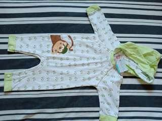 Brandnew hello dolly sleepsuit/frogsuit for 3-6 months...CHEAPER than mall pricr
