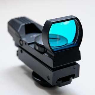 Red dot laser sight len  for bird flight photography