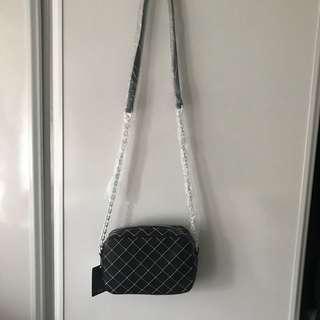 Chain bag crossbody bag