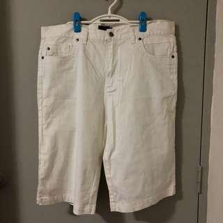 BNWT Hang Ten Off White Denim 3/4 Pants