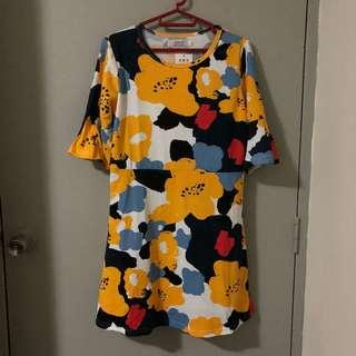 BNWT Yellow Floral Flared Sleeves Dress