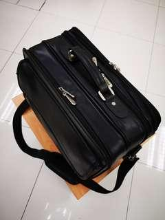 Targus Business Bag