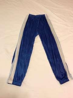 🚚 藍色哈倫褲