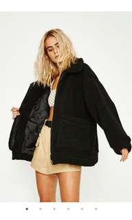 I am gia pixie coat black