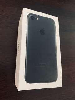 Used Iphone 7, black, 128gb for sale!