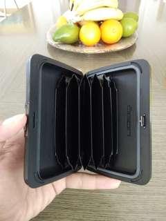 OGON Smart Wallet, RFID Safe