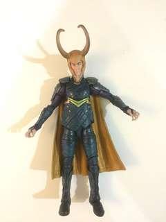 Marvel Legends Loki with Best of Avengers HeadSculpt