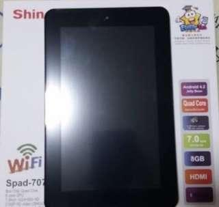 Android tablet - 7 inch size