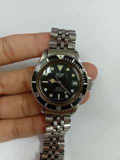 Heuer submariner vintage